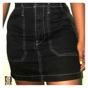 TOPSHOP BLACK DENIM WITH WHITE THREADING SKIRT